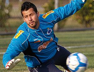 Fabio no treino do Cruzeiro