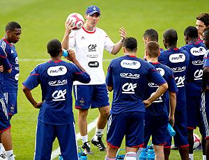 Laurent Blanc técnico França em treino