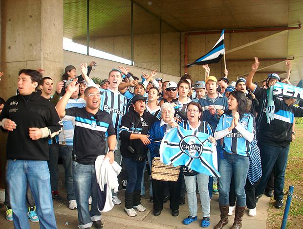 Torcida do Grêmio, à espera de Renato Gaúcho