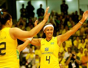 Paula Pequeno, volêi seleção Brasileira