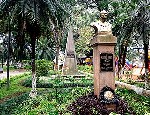 Centenário Corinthians: Praça com busto a Manoel Neco