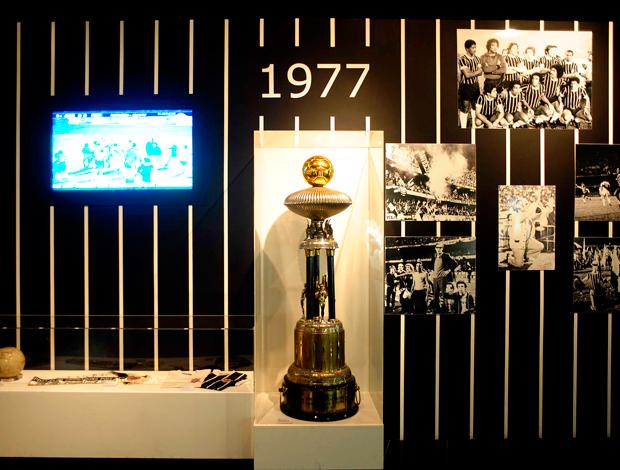 Centenário Corinthians: memorial - troféu título paulista de 1977