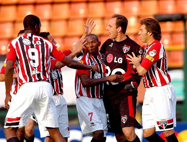 rogerio ceni são paulo gol corinthians dia 08/05/2005