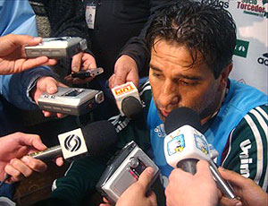 Renato Gaúcho durante entrevista do Grêmio
