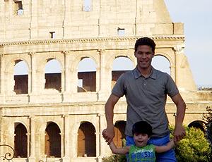 Hernanes, da Lazio visita o Coliseu