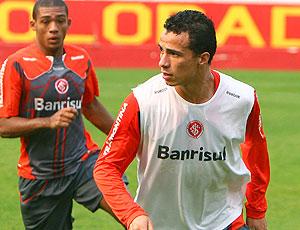 Leandro Damião no treino do Internacional