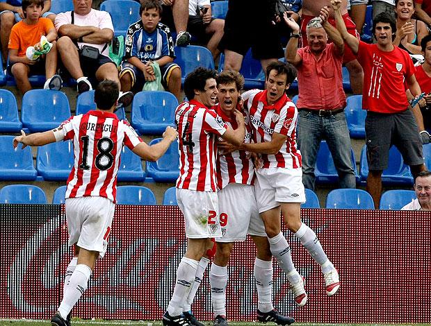 Fernando Llorente comemora gol do Atlético de Bilbao