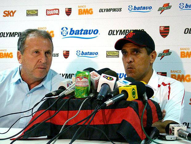 Silas e Zico durante entrevista do Flamengo