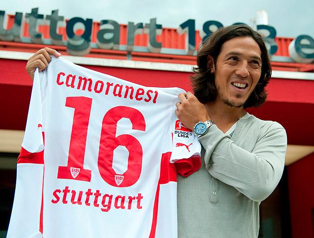 Mauro Camoranesi com a camisa do Stuttgart