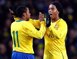 Robinho e Ronaldinho Gaúcho na seleção brasileira 2009
