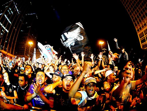 Festa Corinthians centenário (Foto: Marcos Ribolli / Globoesporte.com)