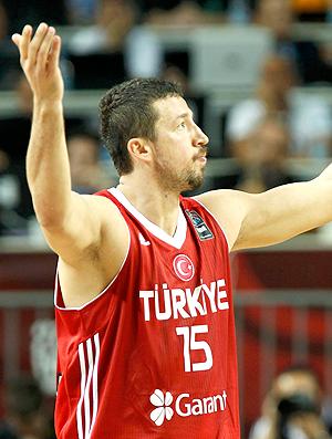 Turkoglu basquete