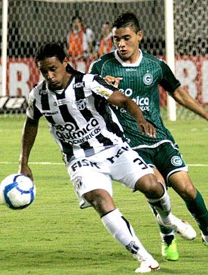 Kempes na partida do Ceará contra o Goiás