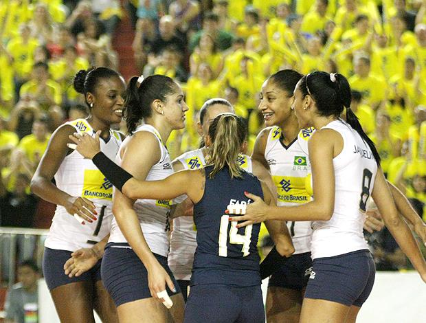 vôlei feminino Brasil x EUA