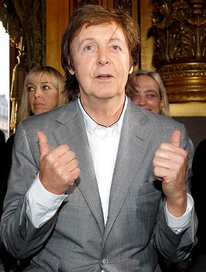 Paul McCartney Paris Fashion Week (Foto: Reuters)