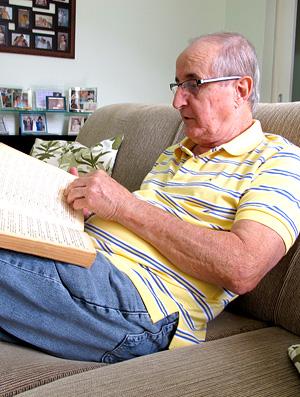 Álvaro Mota, filho do jornalista que escreveu livro sobre Pelé