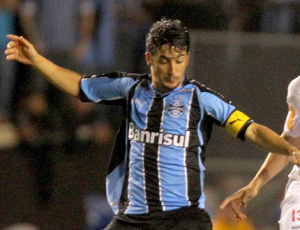 Douglas do Grêmio em jogo contra o  São Paulo (Foto: Vipcomm)