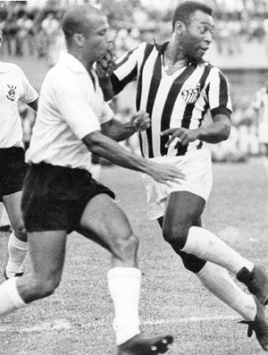 pel&#233; santos corinthians campeonato paulista 1971 (Foto: ag&#234;ncia Gazeta Press)