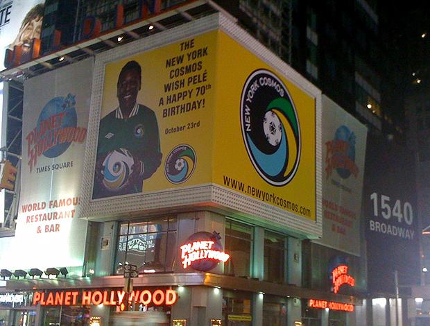 Outdoor aniversário Pelé Times Square