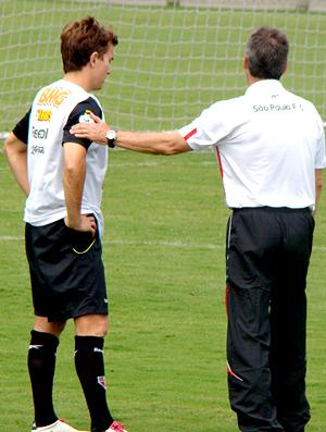 Carpegiani e Dagoberto no treino do São Paulo