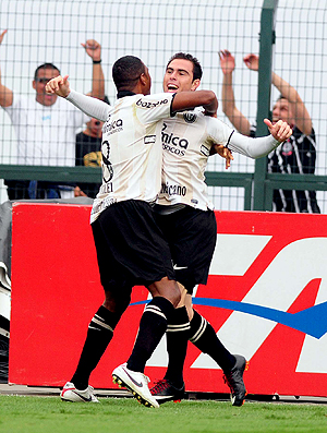Bruno Cesar gol Corinthians