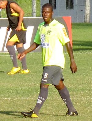 Toró, volante do Flamengo