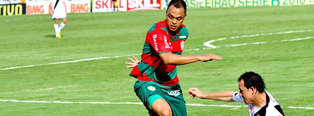 Lance do jogo entre Portuguesa e ponte Preta
