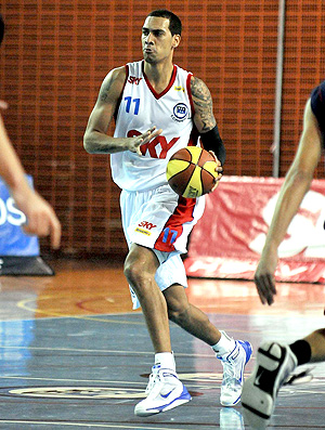 basquete marquinhos pinheiros sky