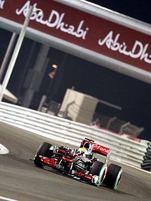 Hamilton no treino da F1 em Abu Dhabi