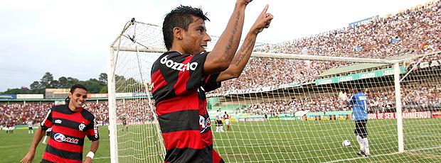 Léo Moura Flamengo 2 x 0 Corinthians 29/11/2009