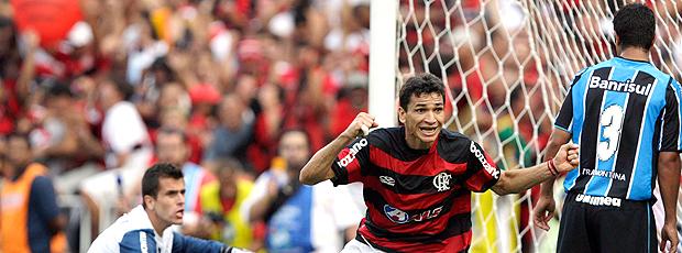 Ronaldo Angelim Flamengo 2 x 1 Grêmio 06/12/2009