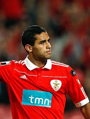 Alan Kardec comemora gol do Benfica contra o Naval