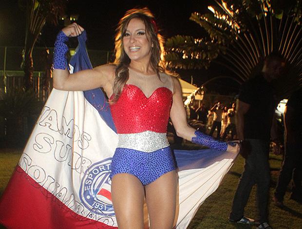 Claudia Leitte homenageia o Bahia