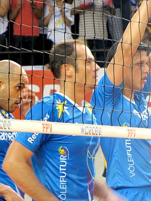 http://s.glbimg.com/es/ge/f/original/2010/11/20/vol_ricardinho_iznaga_gcom_30.jpg