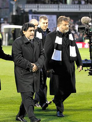 Maradona no jogo Fulham x Manchester City