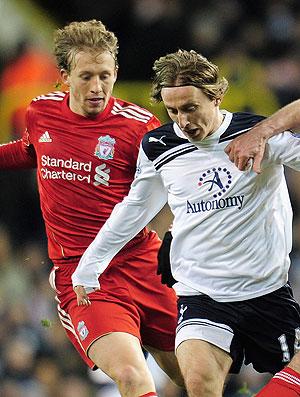 Lucas na partida do Liverpool contra o Tottenham