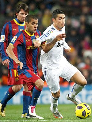 Daniel Alves Cristiano Ronaldo