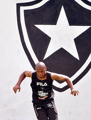 Jeferson no treino do Botafogo (Foto: Agência Photocâmera)