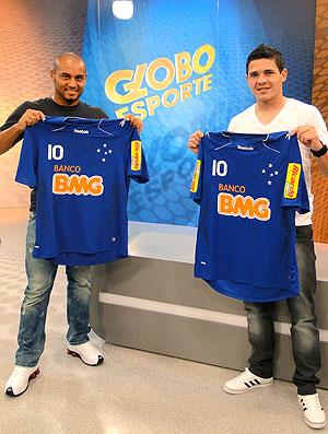 Jonathan e Diego Renan, laterais com a camisa do Cruzeiro