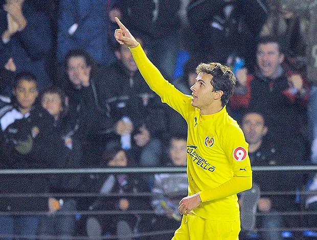 Nilmar gol Villareal (Foto: AFP)