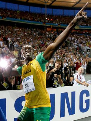 usain bolt comemora no mundial de atletismo