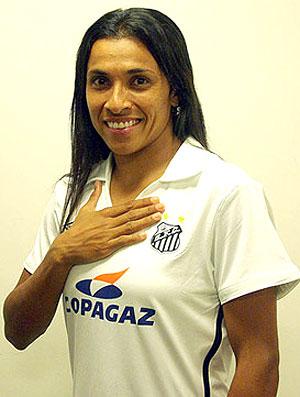 Marta apresentada no Santos