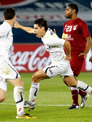 Comemoração Molina no jogo do mundial de clubes Al Wahda x Seongnam Ilhwa