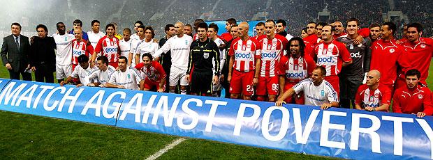 times de Zidane durante amistoso contra o Olympiacos