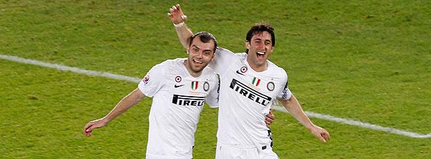 Diego Milito comemora o terceiro do Inter de Milão