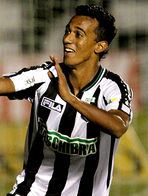 juninho figueirense (Foto: Cristiano Andujar / Ag&#234;ncia Estado)