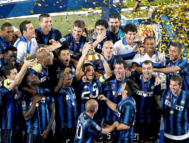 Em estádio colorado, Inter de Milão bate Mazembe e é campeão mundial Javierzanetti1_reu62