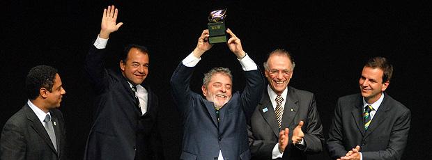 Lula, Orlando Silva, Sergio Cabral e Eduardo Paes recebem prêmio