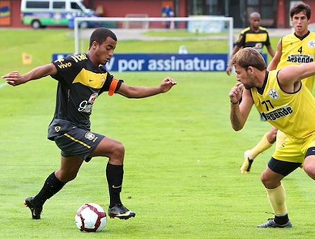 São Paulo está perto de confirmar a renovação do contrato de Lucas