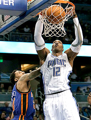 Dwight Howard na partida do Orlando contra o New York